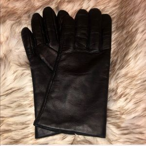 Leather Tech Compatible Gloves